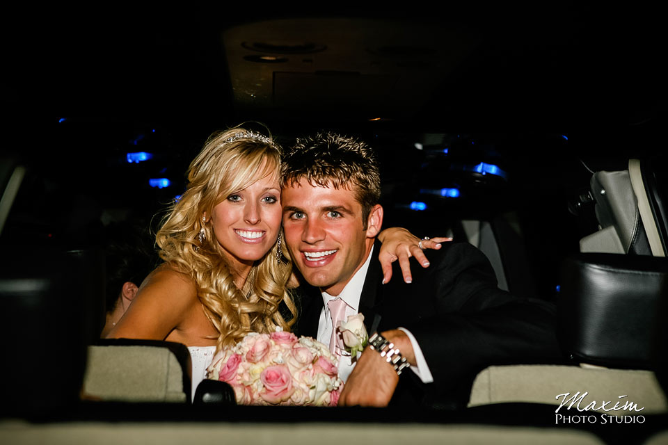 cincinnati limo bride and groom portrait