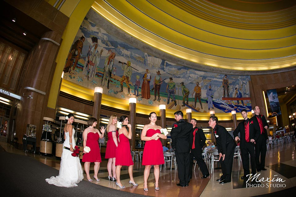 Cincinnati Museum Center wedding party