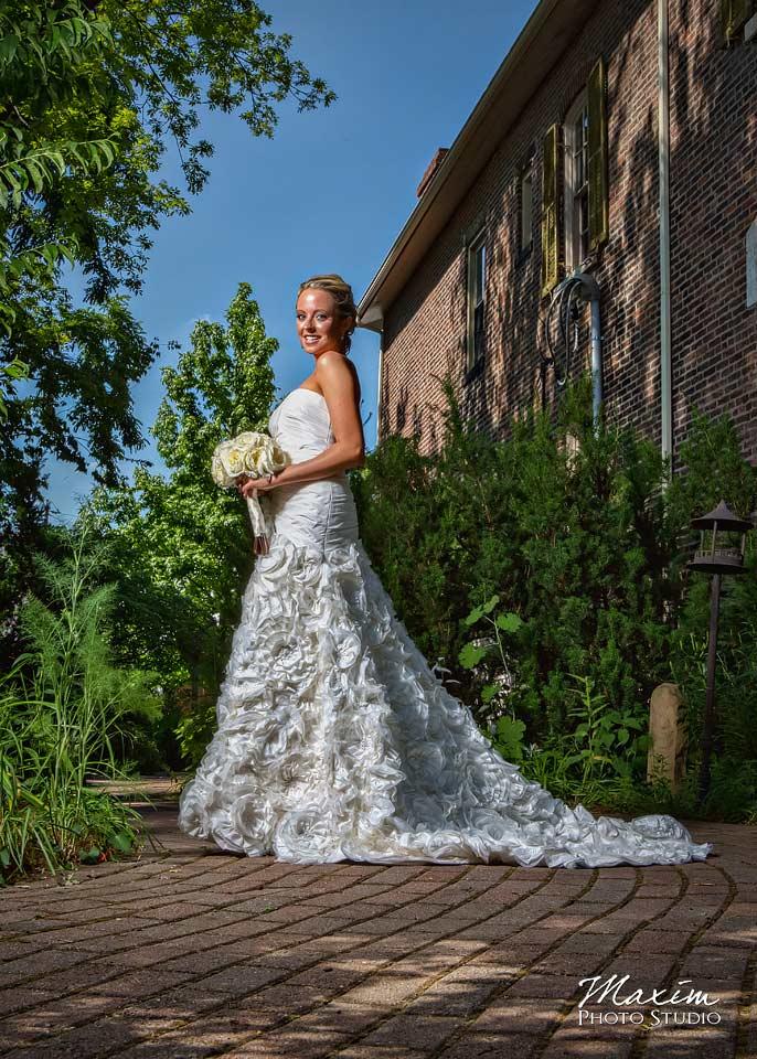 Taylor Mansion Columbus Ohio Wedding Bride
