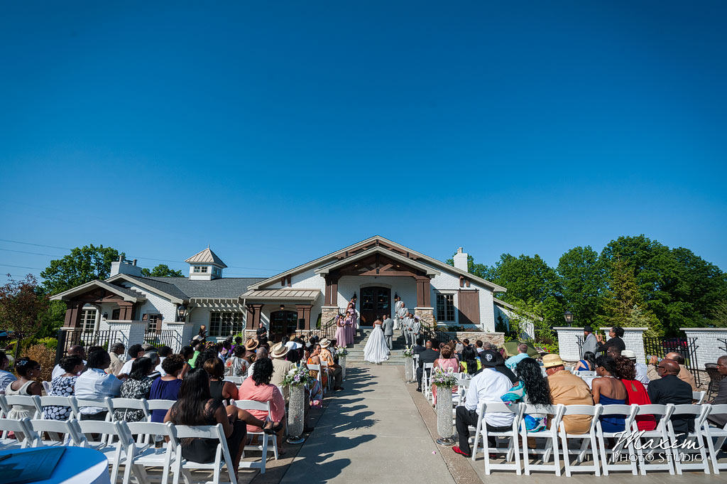 Manor-house-mason-ohio-wedding-pictures-12