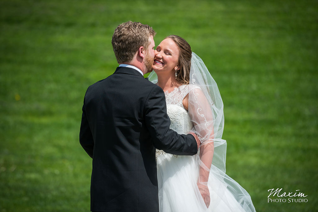 ault park cincinnati wedding bridal couple