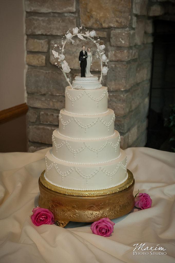 maribelle cakery cincinnati wedidng cake