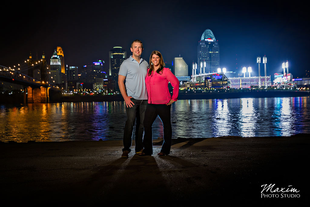 cincinnati skyline engagement pictures