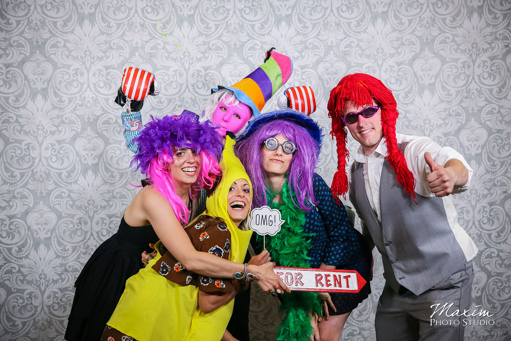 cincinnati ohio wedding photo booth cooper creek