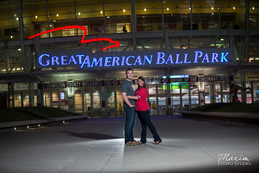 great american ballpark cincinnati engagement pictures off camera flash