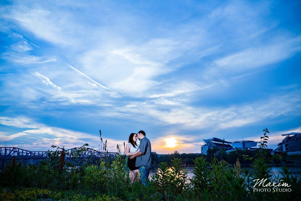 cincinnati engagement photographers