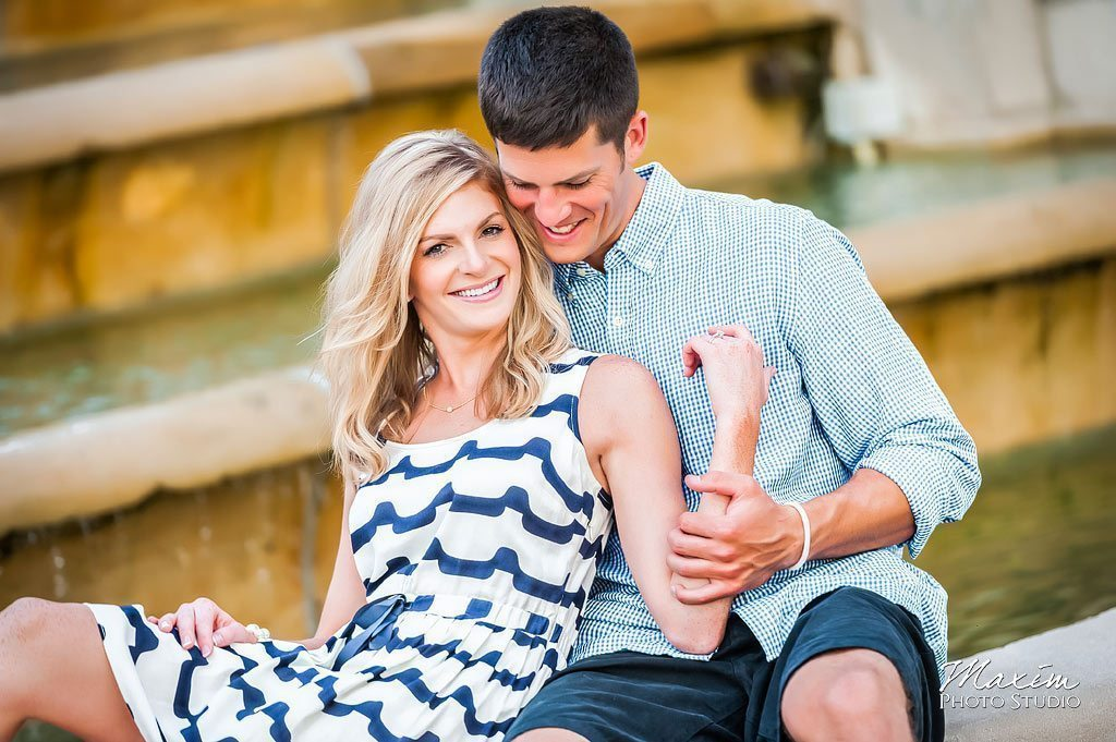 Ault Park Cincinnati Ohio engagement picture 14