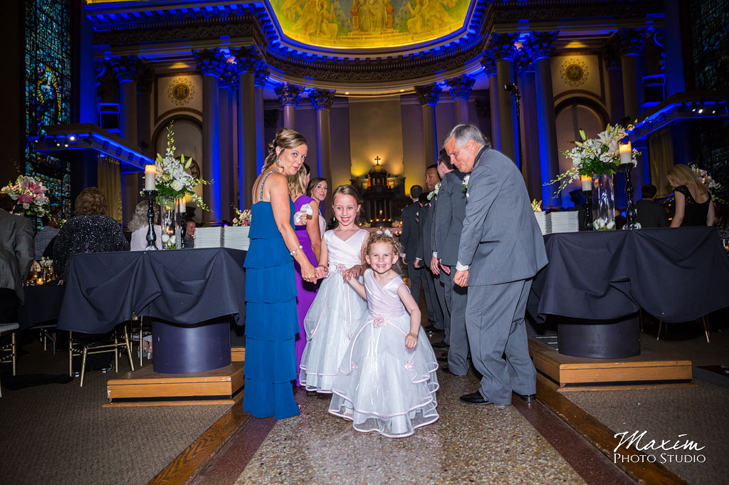 bell-event-centre-cincinnati-wedding-photography-pictures