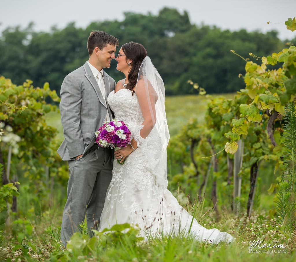 Chateau Pomije winery wedding bride groom photo