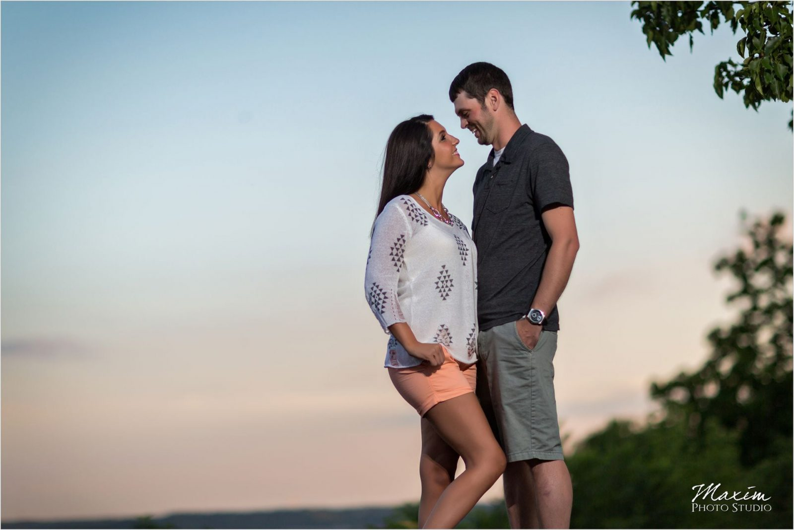 Cincinnati Wedding Photographers Eden Park Engagement