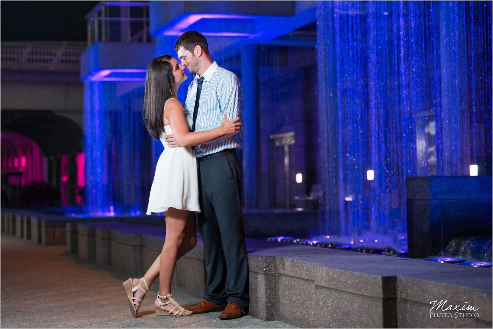 Cincinnati Wedding Photographers Smale Riverfront Park Night Engagement