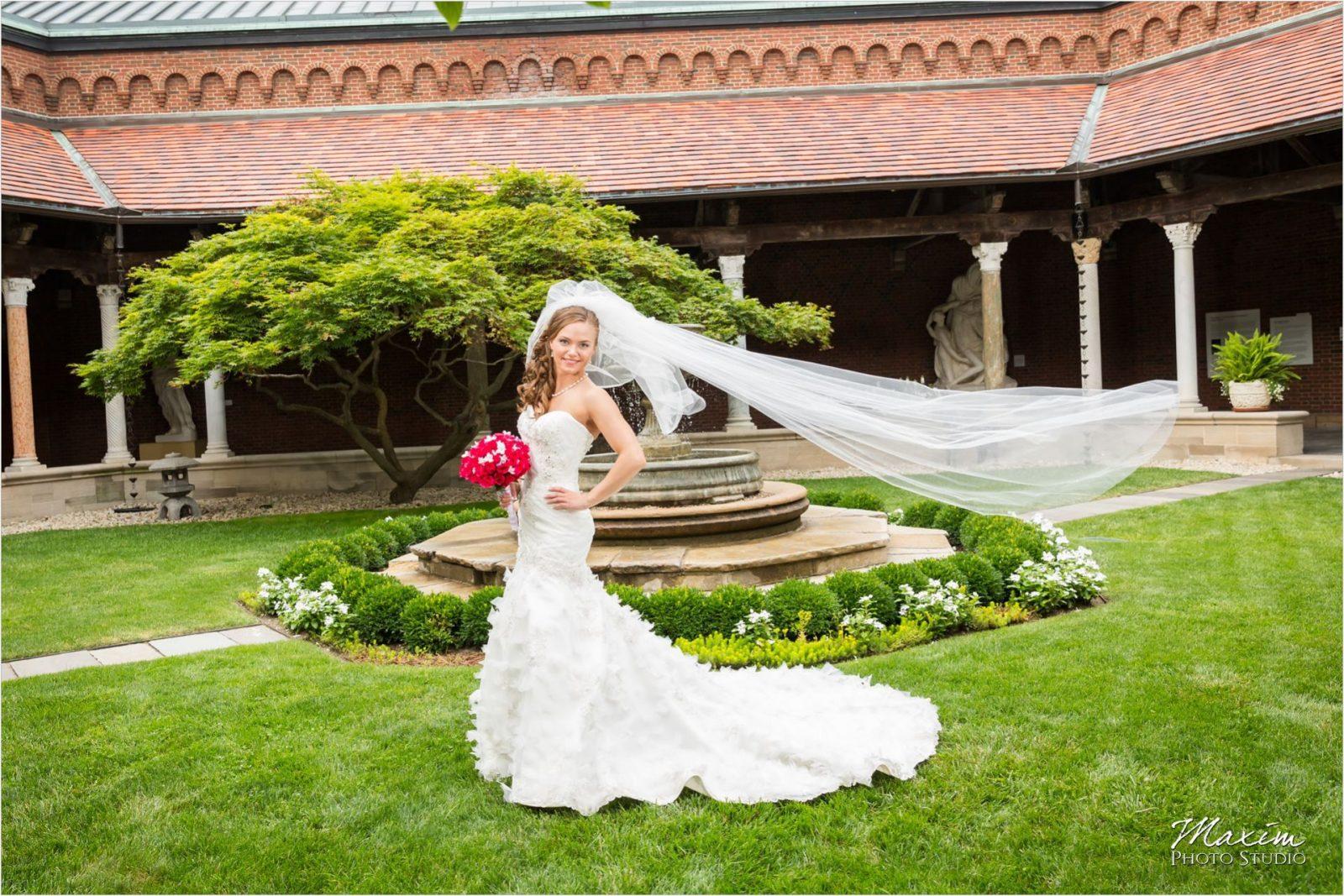 Dayton Art Institute Weddings   Wedding Venues in Dayton   Columbus Wedding Photographers   Wedding Photographers in Cincinnati   Dayton Wedding Photographers   Dayton Wedding Photo Locations