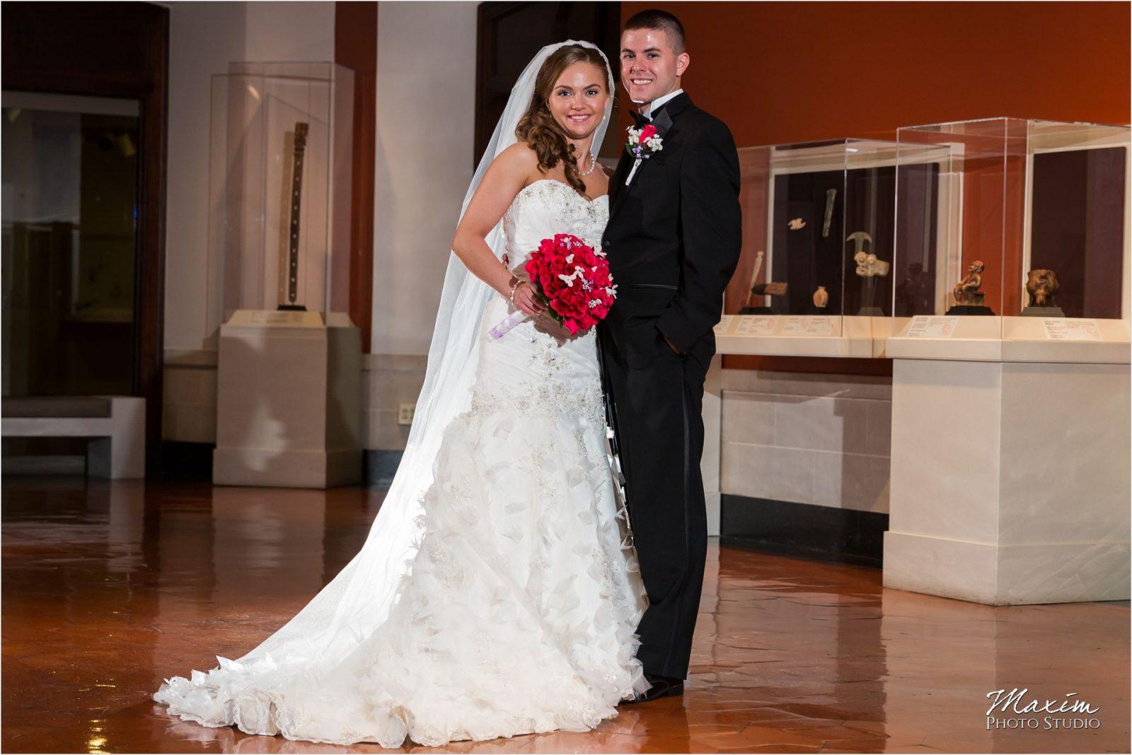 Dayton Art Institute, Dayton Wedding Vendors, Art Institute Bride