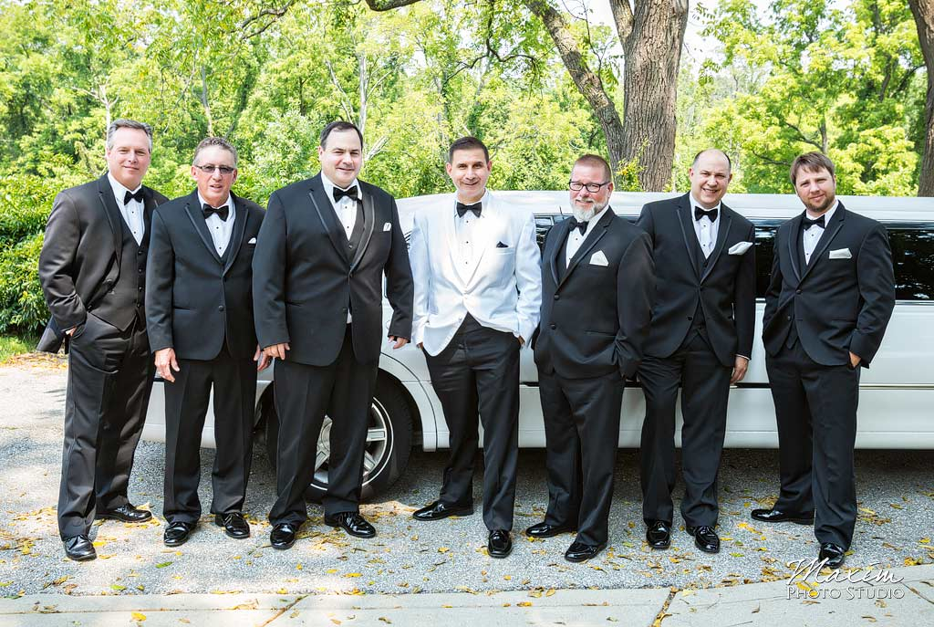 groom-groomsmen-french-park-cincinnati