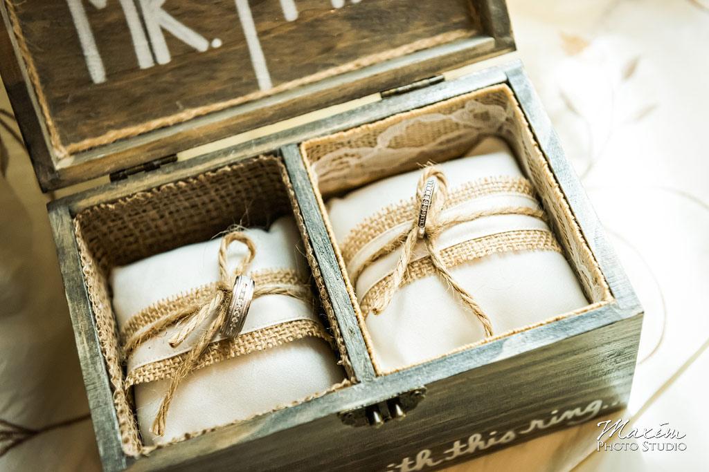 Pinnacle Golf Club wedding rings