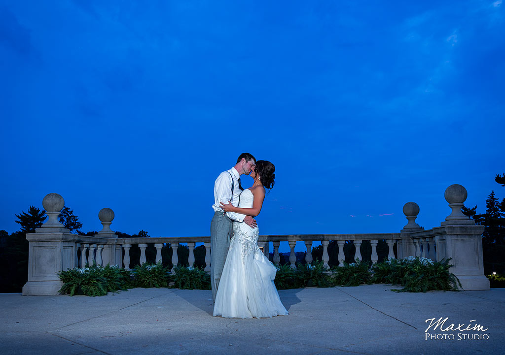 Ault-park-cincinnati-ohio-wedding-photogaphy-24