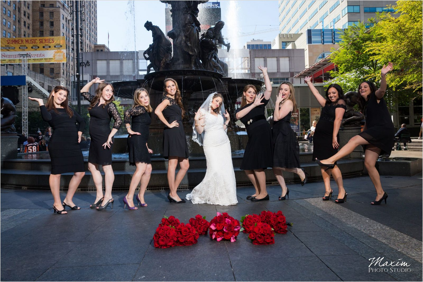 Fountain Square Cincinnati Wedding Bridal Party