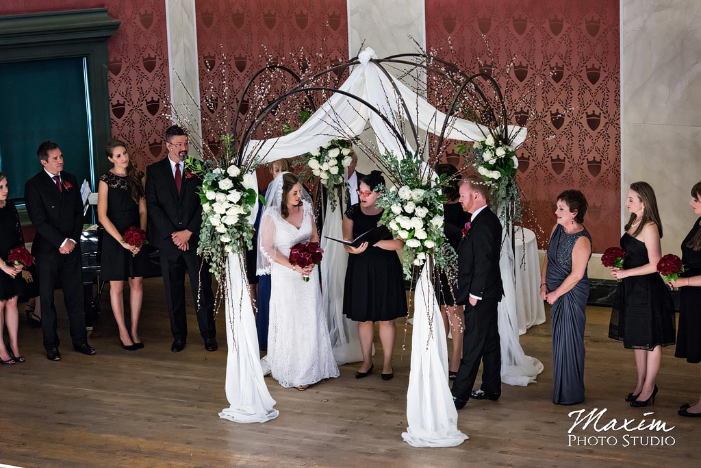 Jewish wedding ceremony Memorial Hall Cincinnati