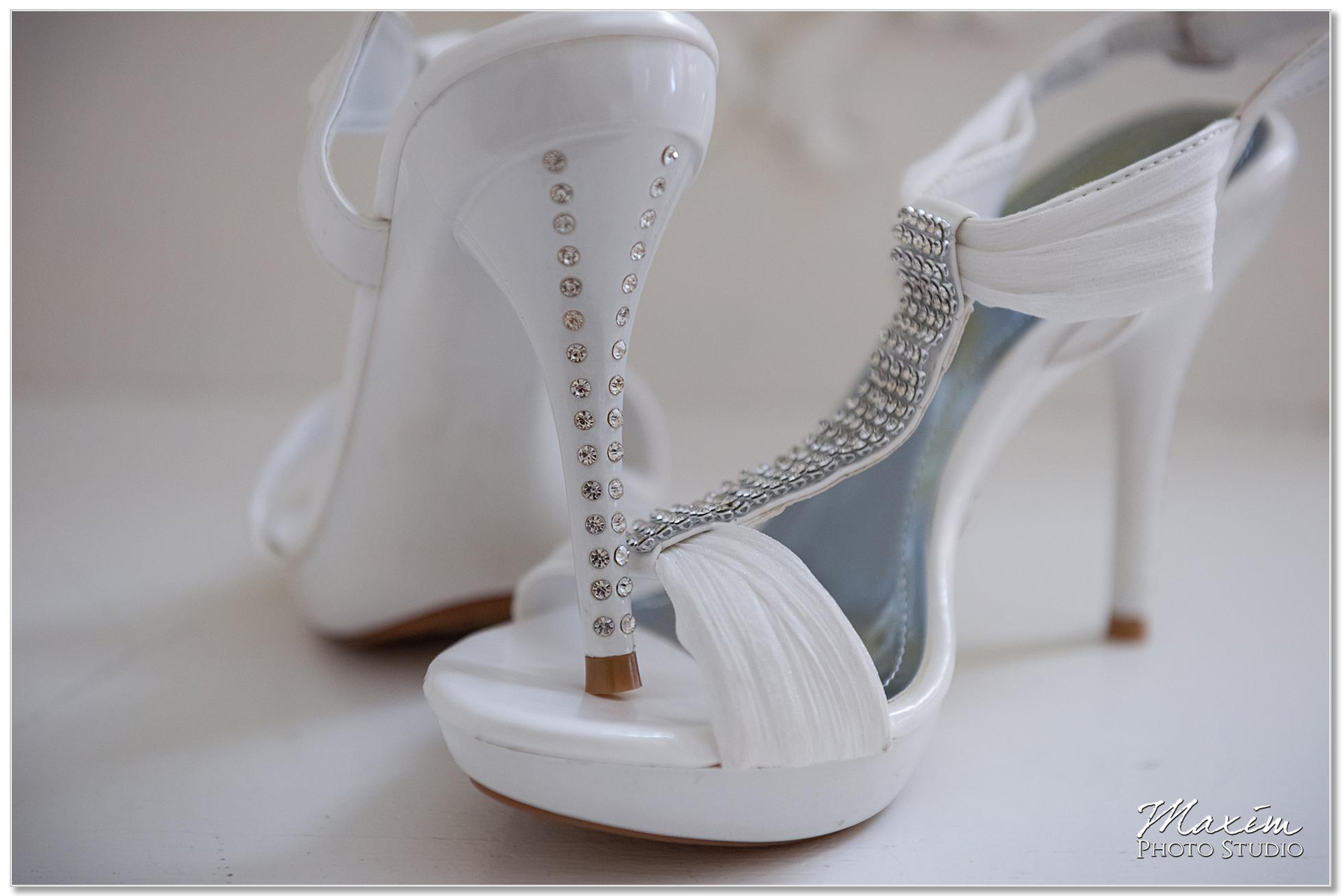 Clear Lake Kusota Island Bride wedding preparations shoes