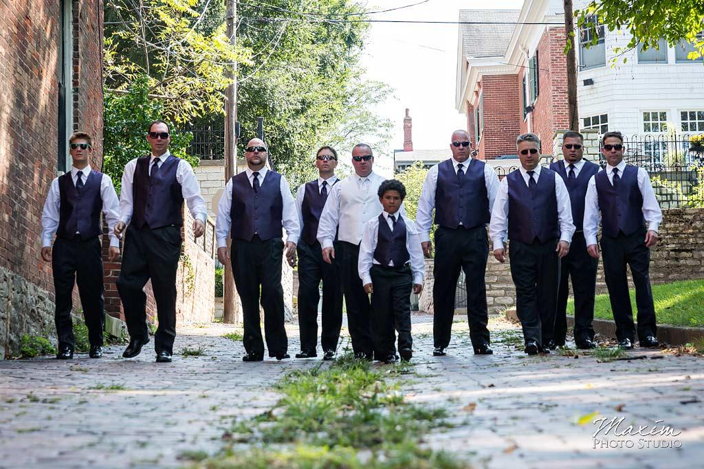 Riverside Drive Covington Kentucky Wedding