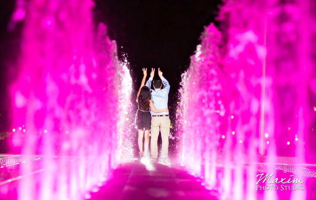 Cincinnati Fountain Engagement pictures