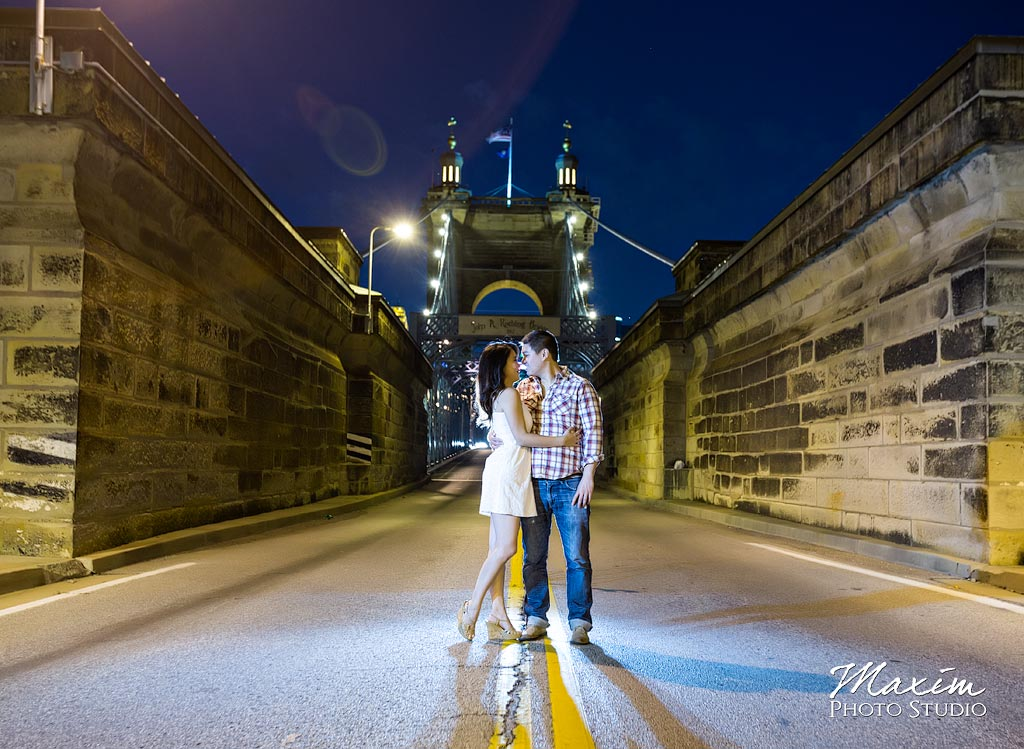 Roebling Bridge Cincinnati Engagement Photos