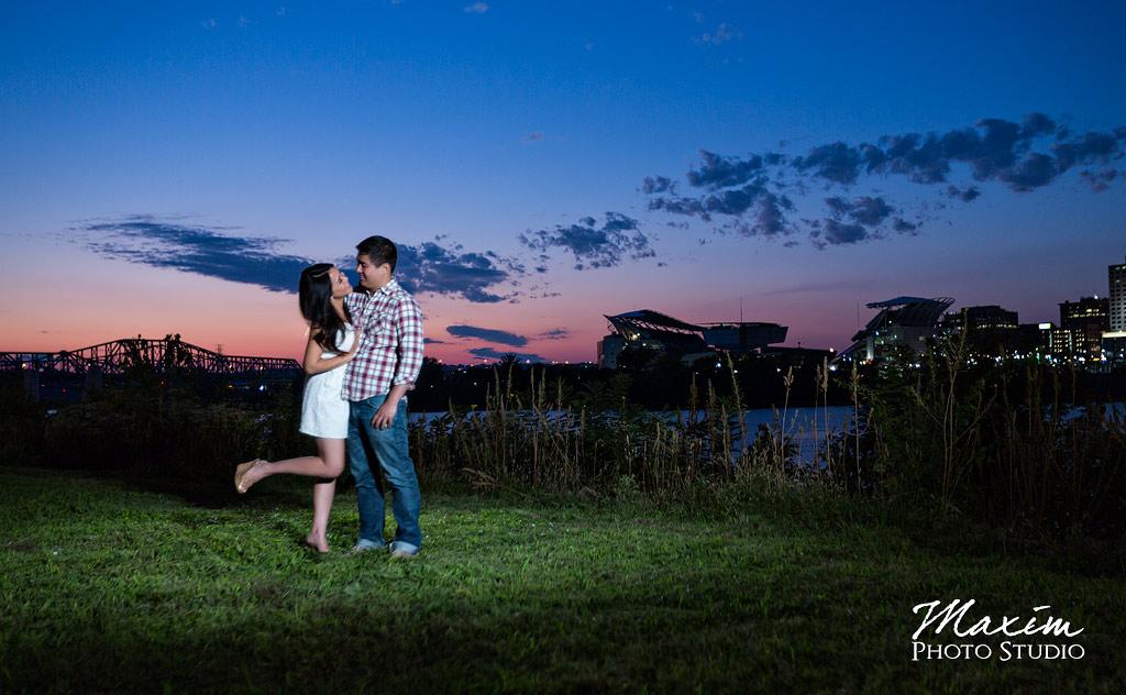 Washington Park Cincinnati Engagement Photos
