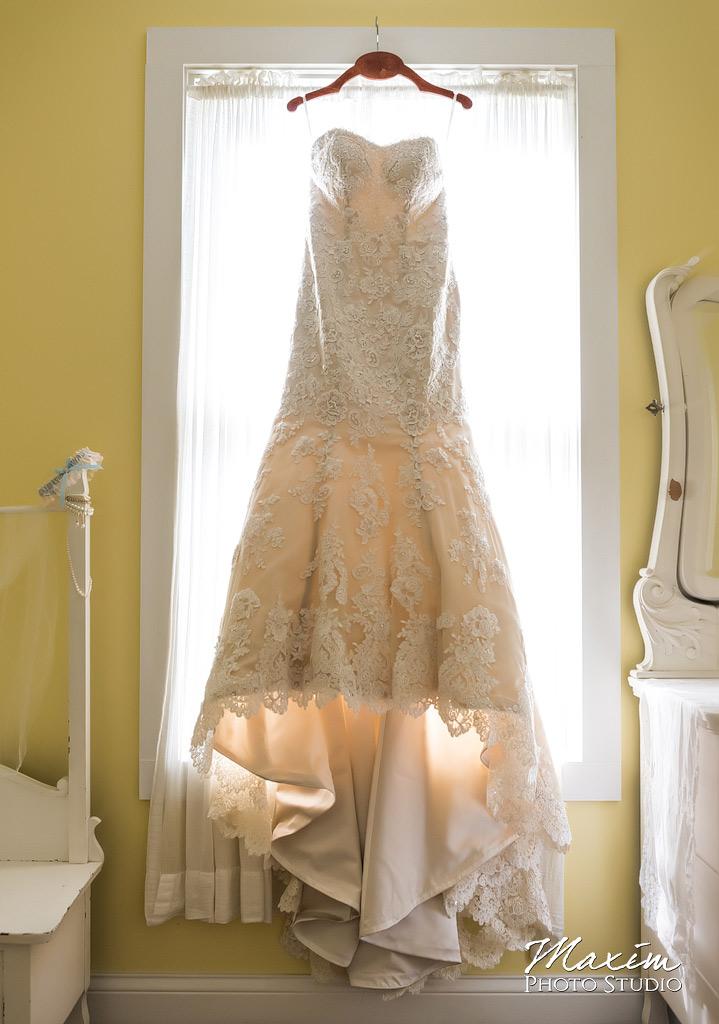 Clear Lake Kasota Island Wedding Dress