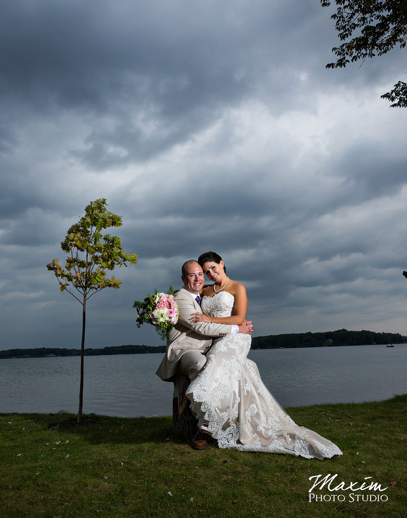 Kasota Island Clear Lake Indiana Wedding picture