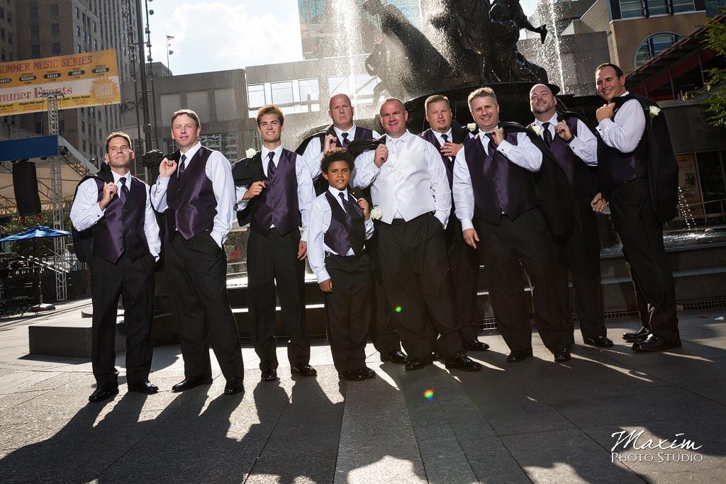 Fountain Square Cincinnati Wedding groom