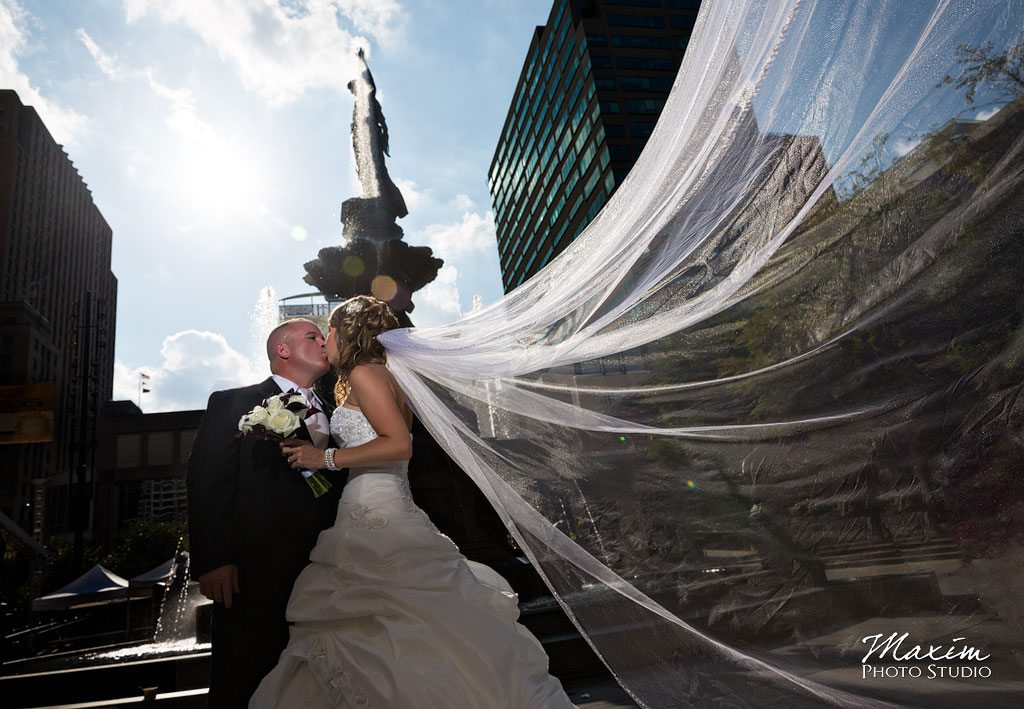 Fountain Square Cincinnati Wedding off Camera Flash