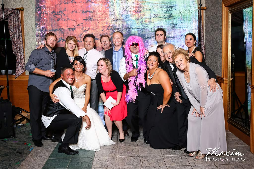 Lake Lyndsay wedding reception Photo Booth