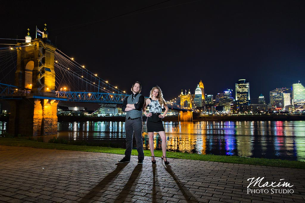 Roebling Bridge Cincinnati Engagement off camera flash