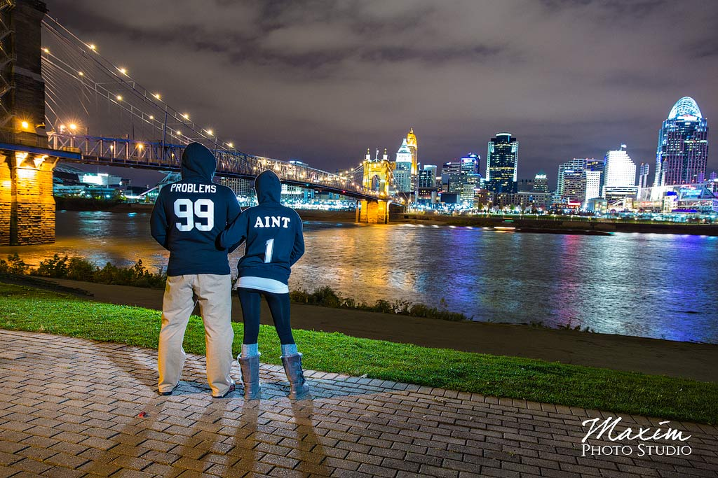 Roebling Bridge Cincinnati Engagement couple