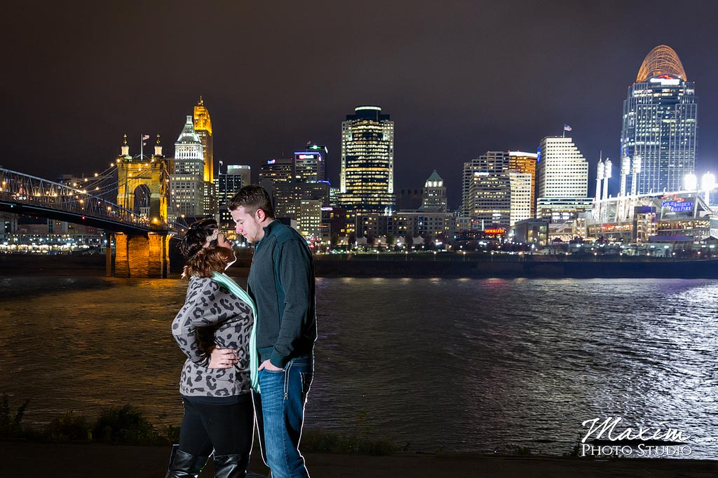 Roebling Bridge Cincinnati Ohio night time engagement pictures
