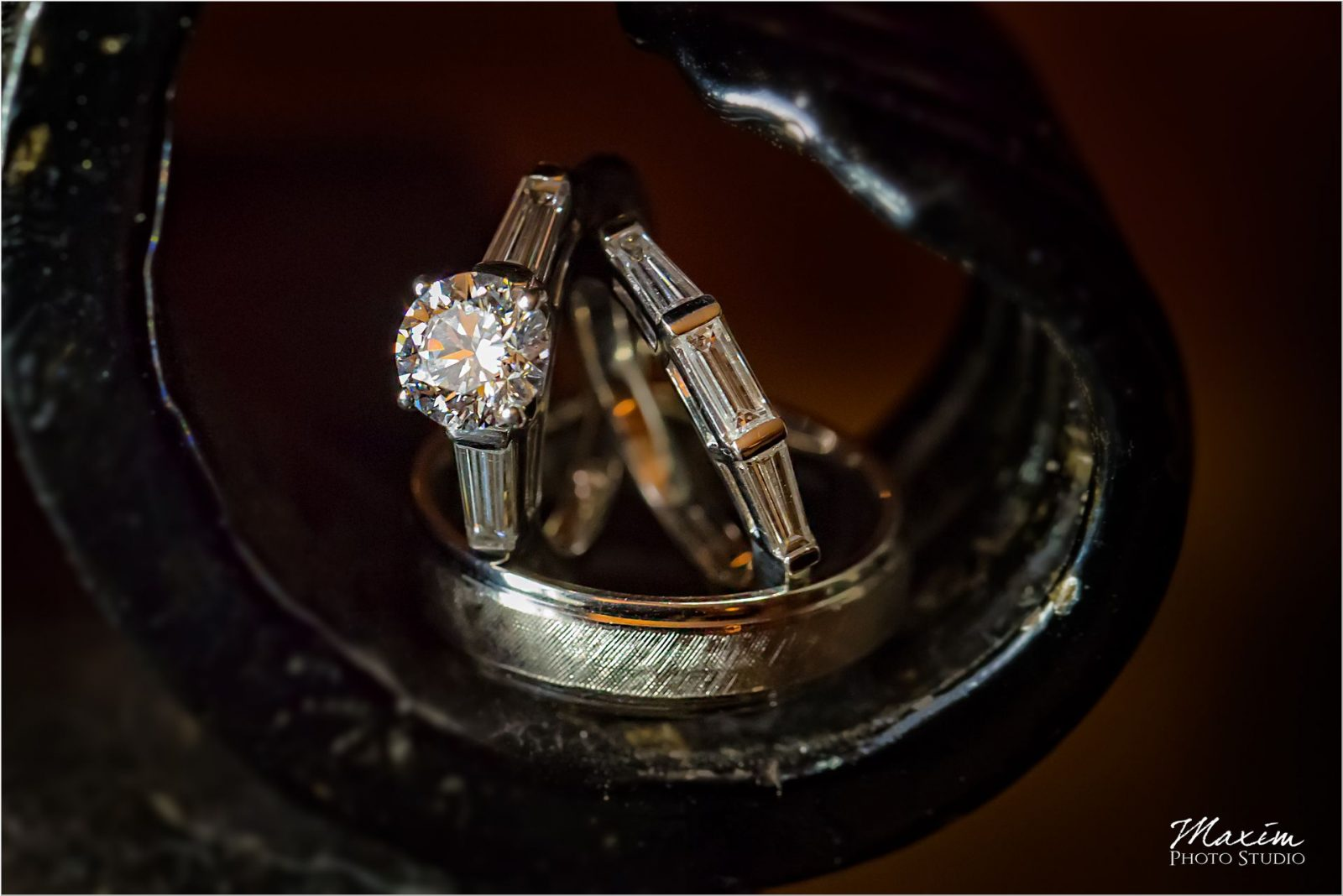 The Grand Covington Wedding Rings