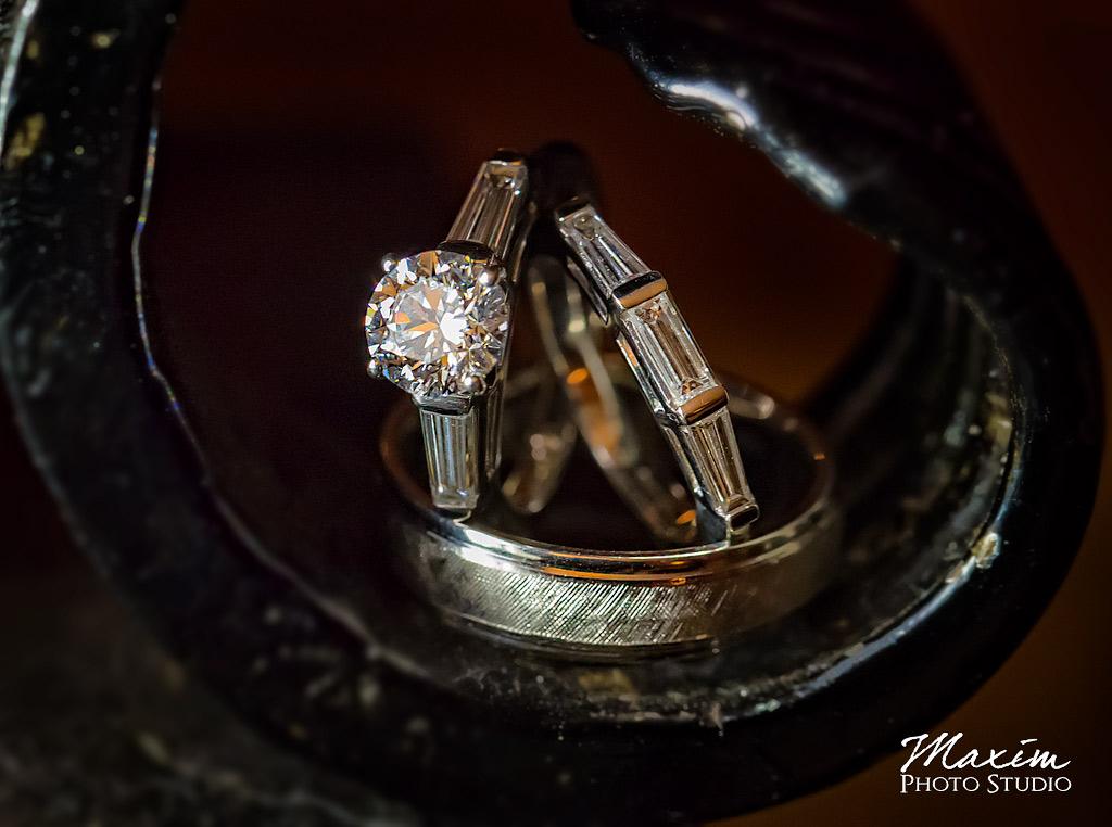 Cincinnati-wedding-photographers-rings-sb-02