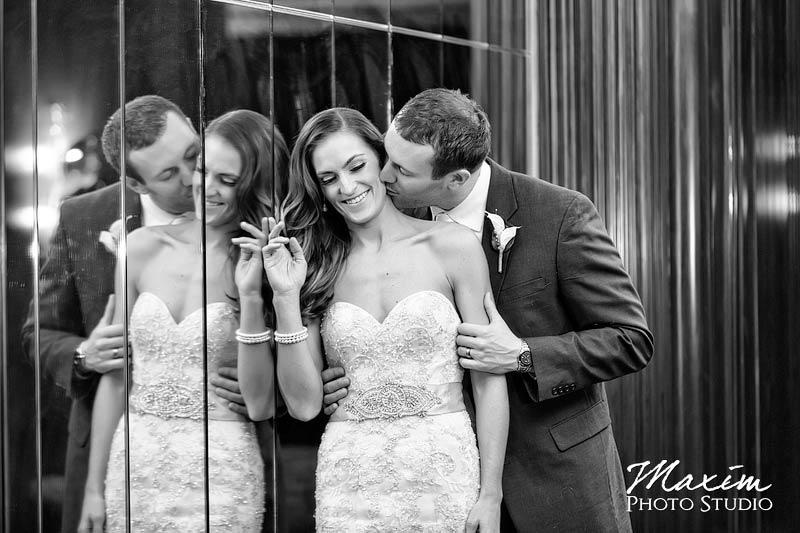 Hilton-netherland-plaza-cincinnati-wedding-01