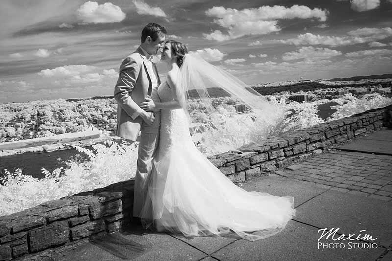 Luxury Cincinnati Wedding Photographer