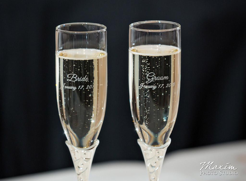 The Grand Covington KY Wedding Reception Glasses