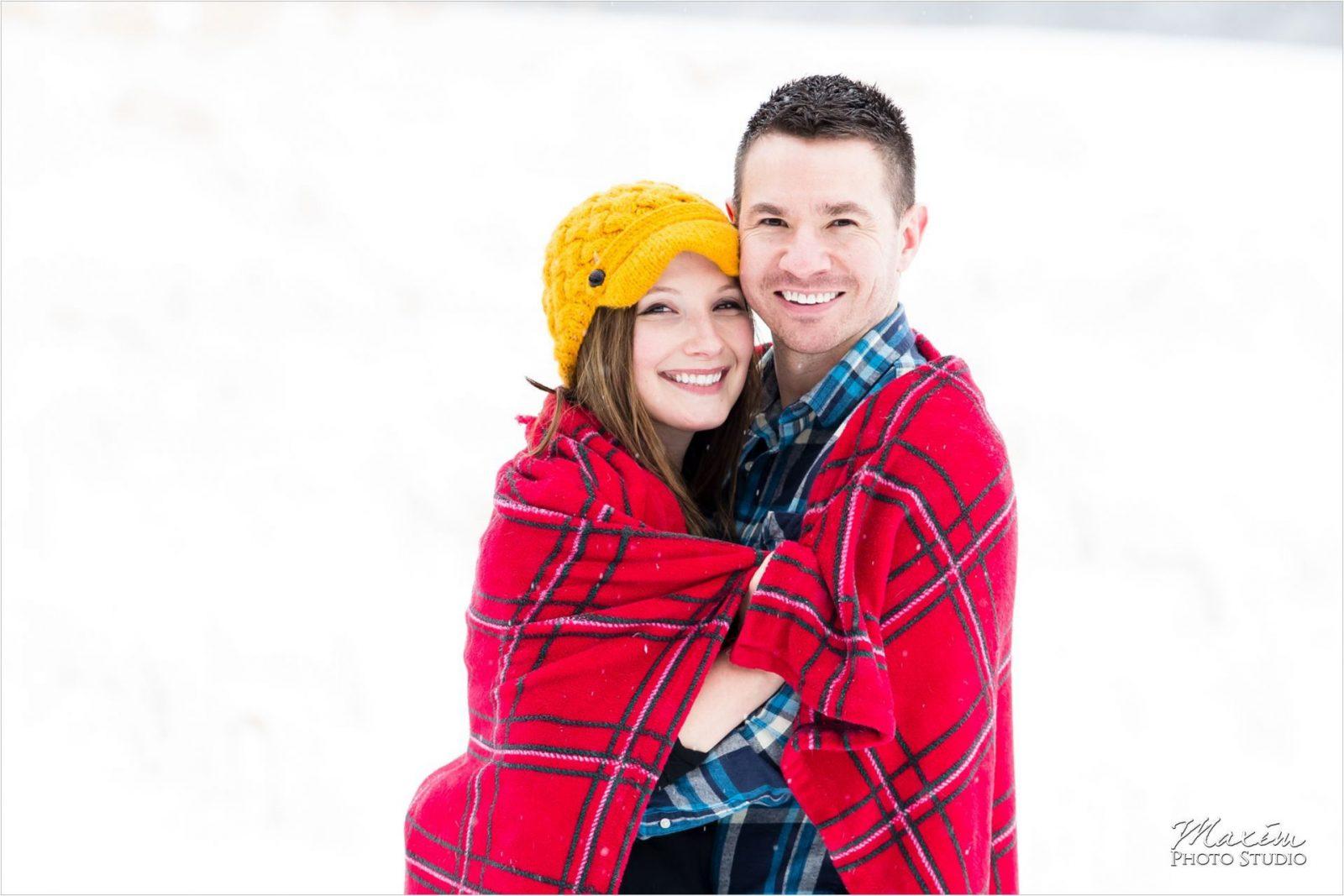 Blanket Cincinnati Engagement Winton Woods Snow