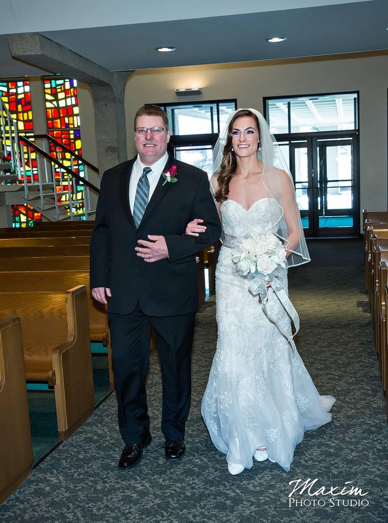 Incarnation Parish Dayton Ohio Wedding Entrance