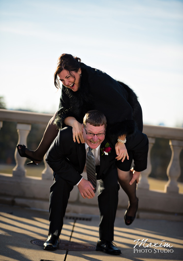 Ault Park Cincinnati Fun Wedding Portraits
