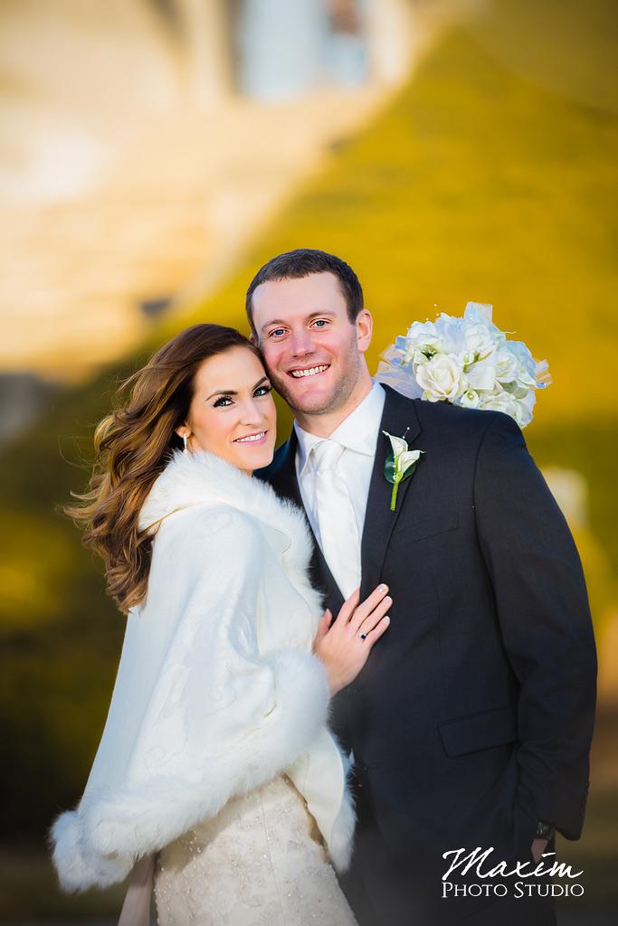 Ault Park Cincinnati Winter Wedding Portraits
