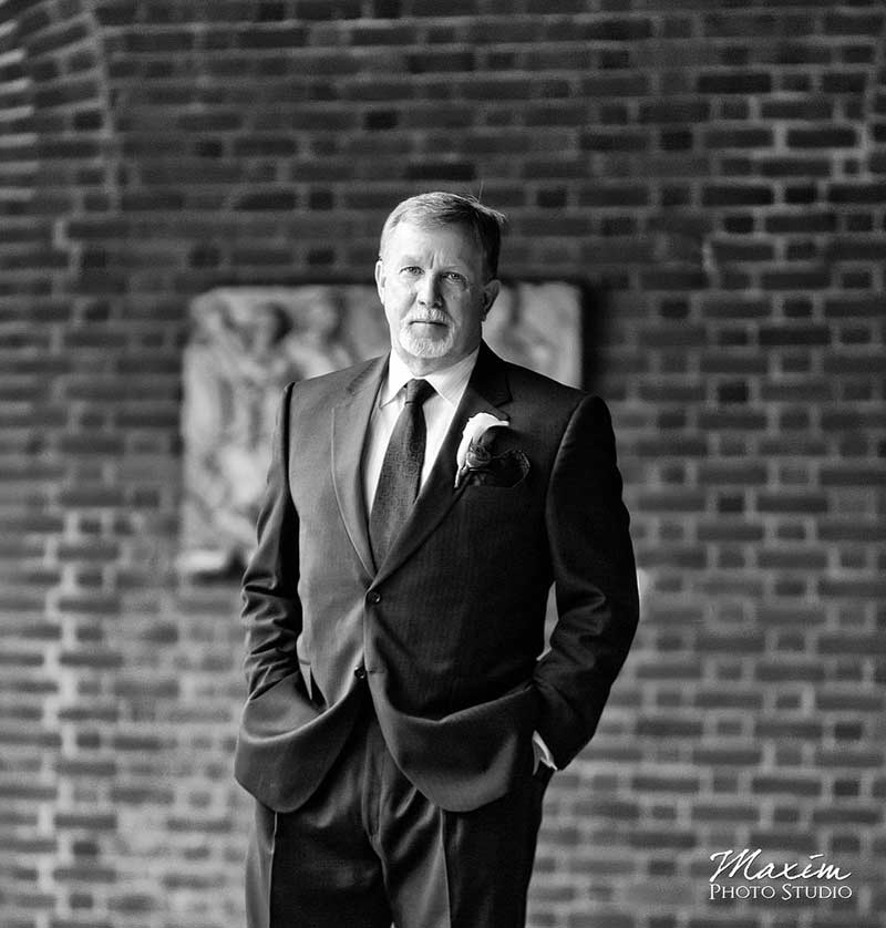 Dayton Art Institute Wedding Portraits