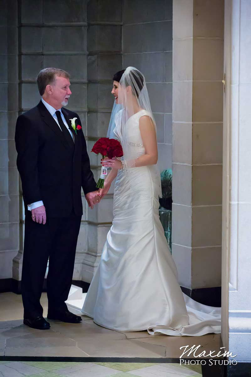 Dayton Art Institute Wedding Bride Groom
