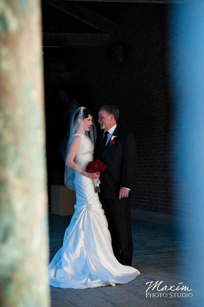 Dayton Art Institute Wedding Portraits