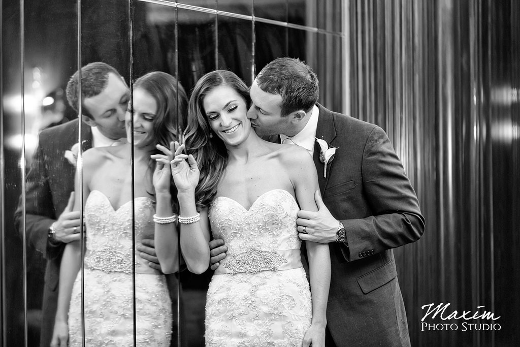 Hilton Netherland Plaza Hotel Cincinnati Wedding Photogrpahy