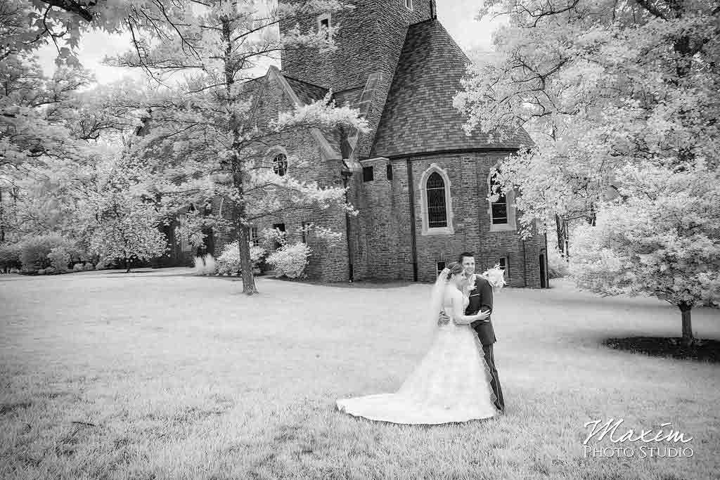 Infrared Wedding Photography by Maxim Photo Studio