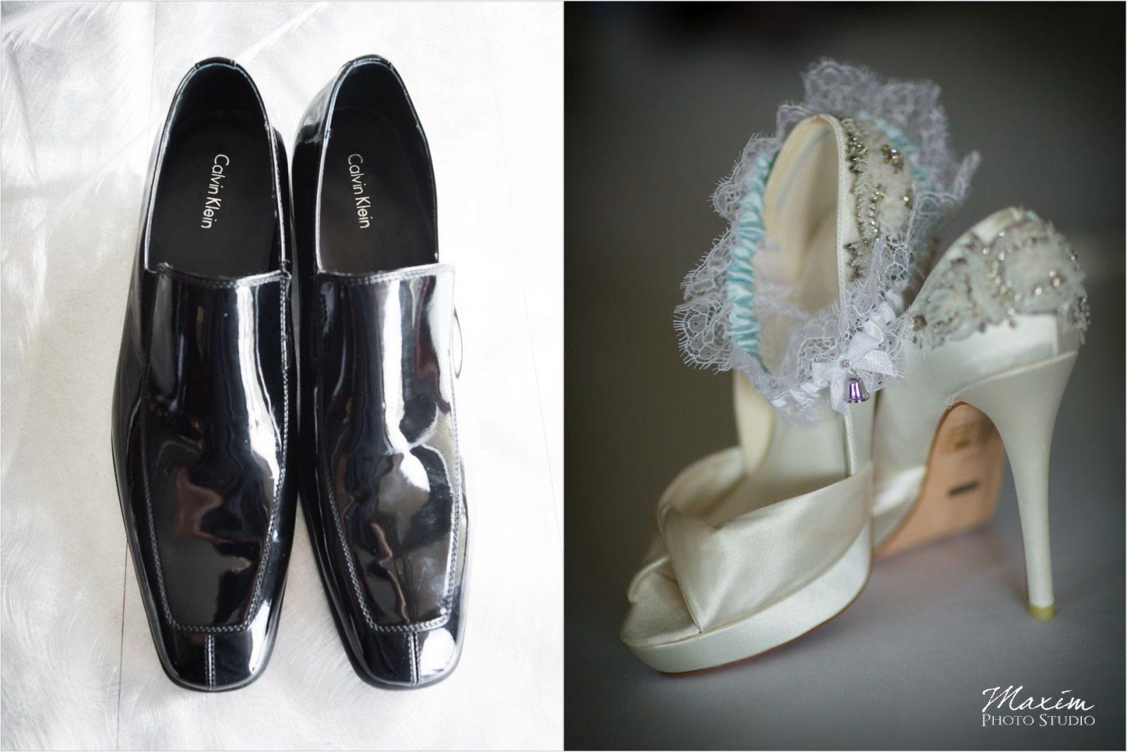 Marriott Rivercenter Covington, Cincinnati Wedding, Bride preparations, Wedding shoes